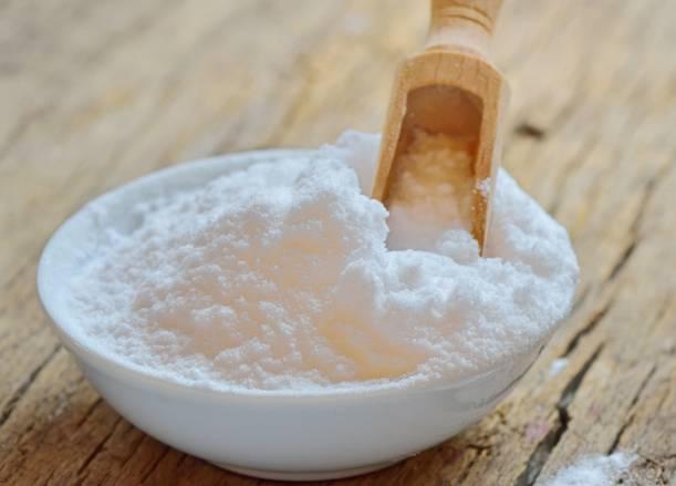 Cara Memutihkan Gigi Dengan garam dan baking soda